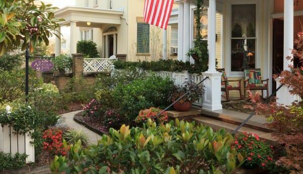 Azalea Inn and Garden