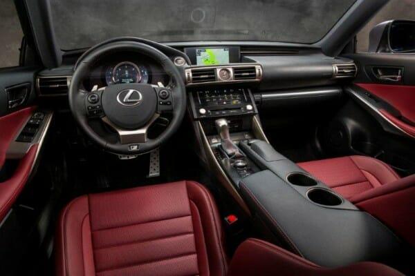 Lexus 2014 IS 350 Cockpit