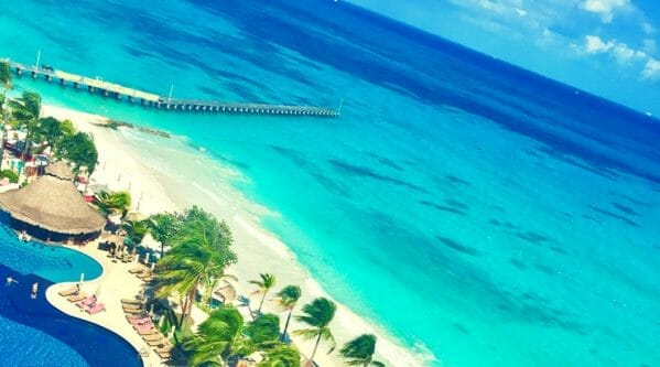 It's summertime! Which means beach time. If you're looking for a great beach vacation, here are my top 10 beach escapes, plus a few extras.