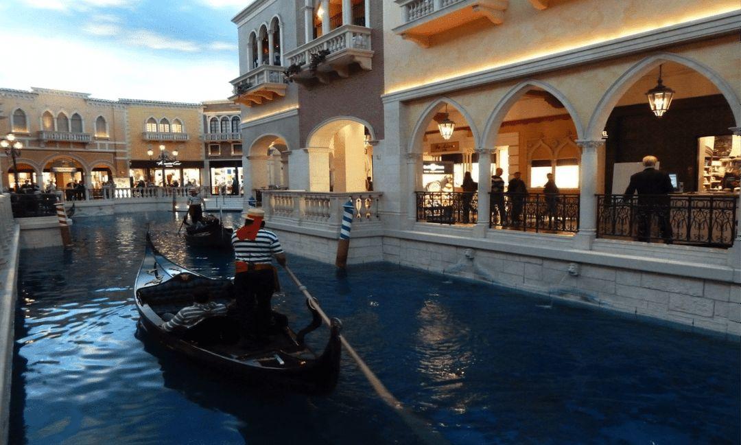 Gondolas at The Venetian. Photo by Susan Lanier-Graham