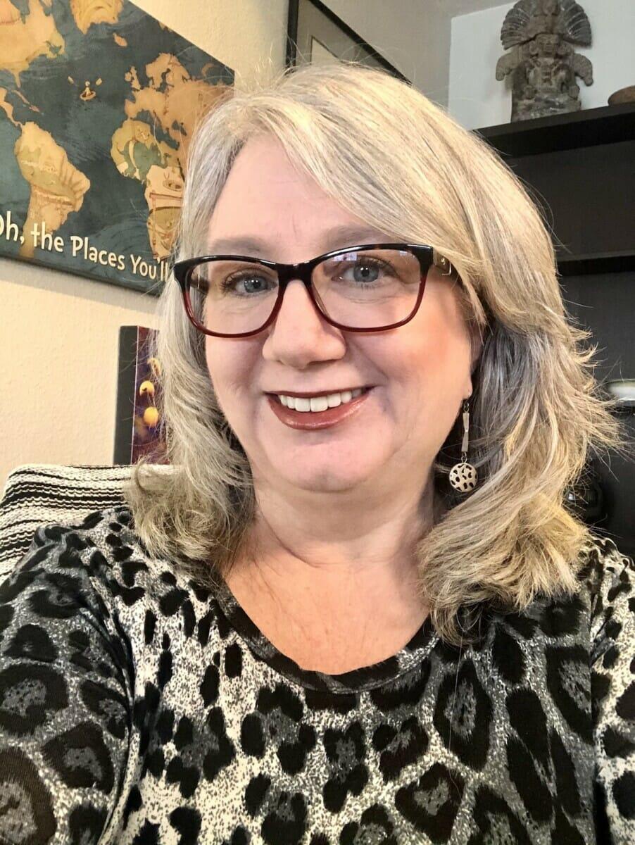 Susan Lanier-Graham - Publisher Wander With Wonder