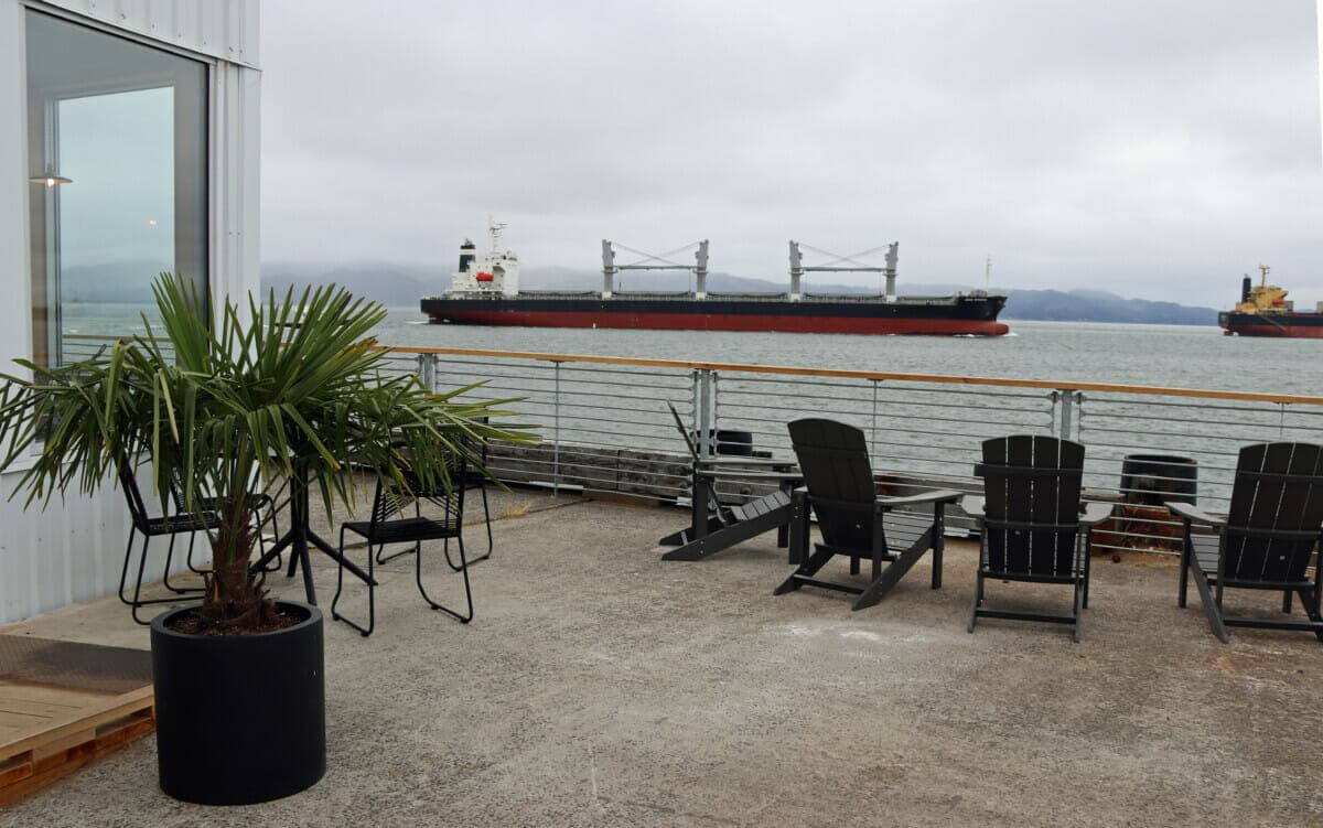 The Bowline Hotel in Astoria Oregon: Luxury on the Columbia River